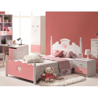Kelly Pink Victorian Style Bed for Kids